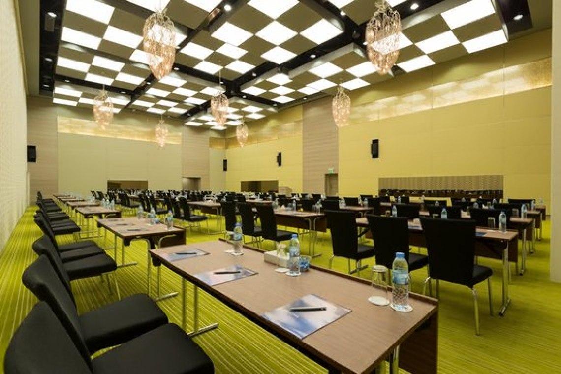 Novotel Hotel - 3